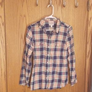 Women's fitted, plaid flannel